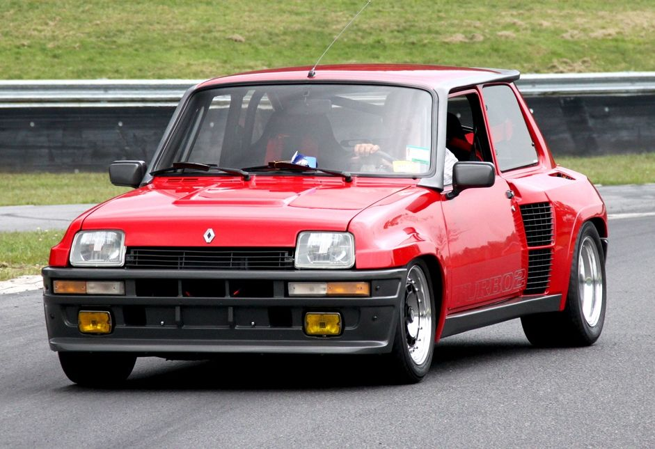 Renault 5 Turbo 2 Sport Car